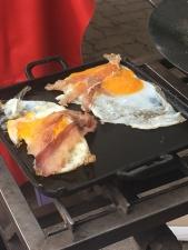 Huevos de ganso a la plancha