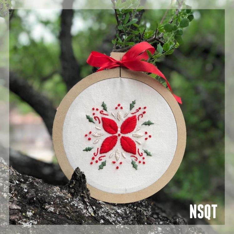 NSQT bordado navideño